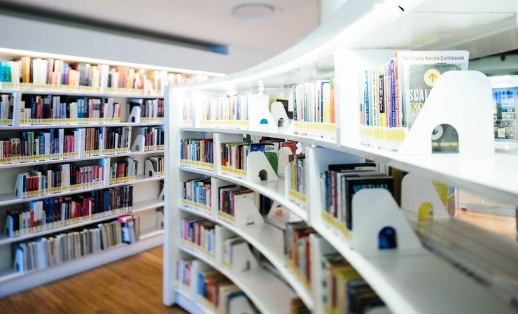 カフェスペースの併設された本屋
